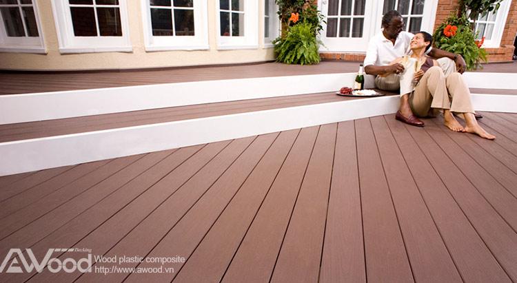 Lót sàn gỗ ngoài trời