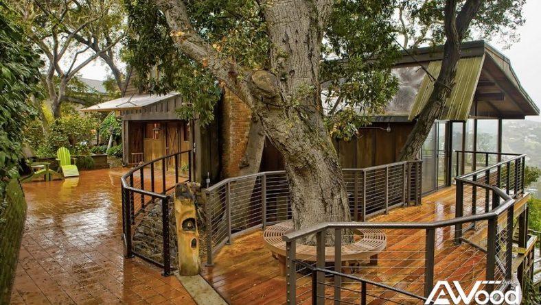 Sân vườn đẹp lung linh với hàng ghế làm từ gỗ nhựa Awood