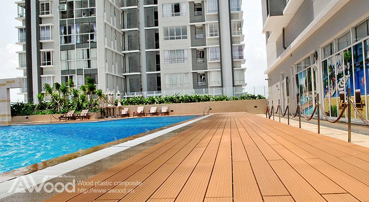 Mẫu thiết kế sàn gỗ hồ bơi