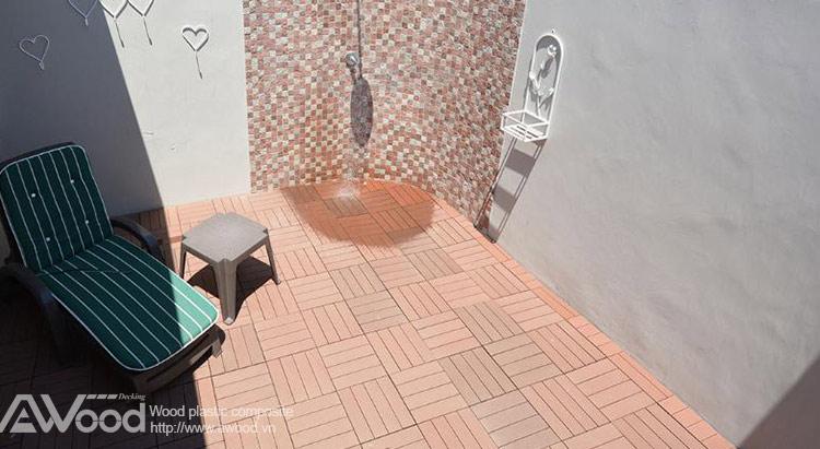 lót sàn phòng tắm